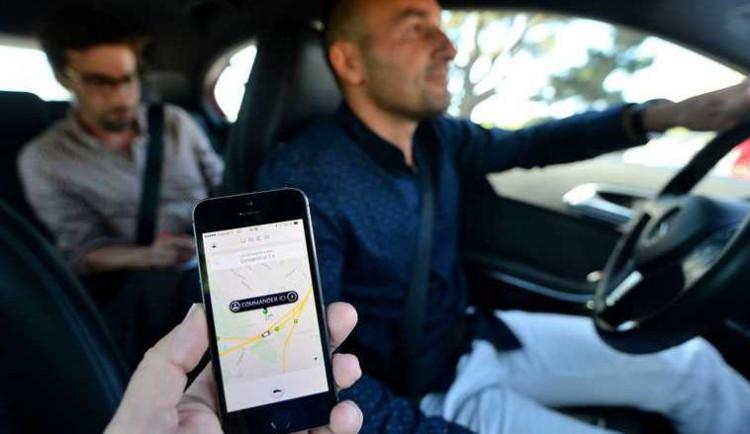 KOMENTÁŘ: Zákaz Uberu vBrně je aktivací nejvlivnější zájmové skupiny – uživatelů služby alias voličů