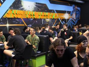 Momentka z turnaje v Laser game Brno