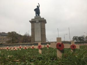 Dřevěné kříže na pamaátku válečných veteránům