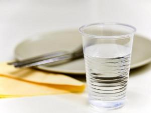 Studenti a zaměstnanci VUT ročně spotřebují téměř půl milionu kelímků na pití | Autor: Igor Šefr