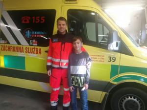 Vojta s jedním ze záchranářů na stanici ZZS JMK