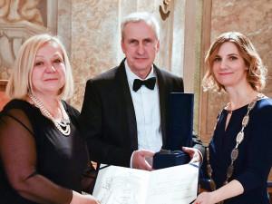 Ocenění manželé Jan a Sabina Kratochvílovi