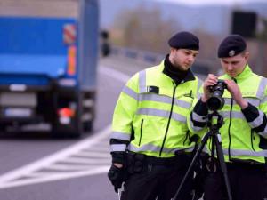 Policie kontroluje bezpečnostní pásy
