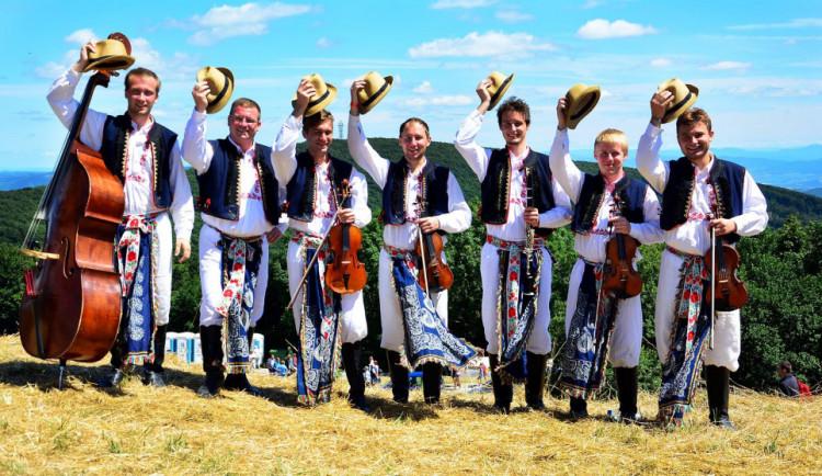 FOLKLORNÍ DRBNA: Hradišťská Ohnica. Muzika, která zraje jak víno