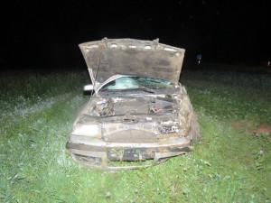 Zdemolované auto havárie u obce Trnové Pole