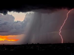 v pondělí se mohou objevit bouřky