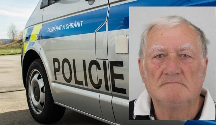 Policie pátrá po zmizelém seniorovi. Mohl by se pohybovat po Vyškovsku či Blanensku