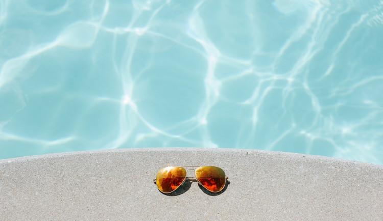 POČASÍ NA NEDĚLI: V neděli bude z celého týdne nejtepleji