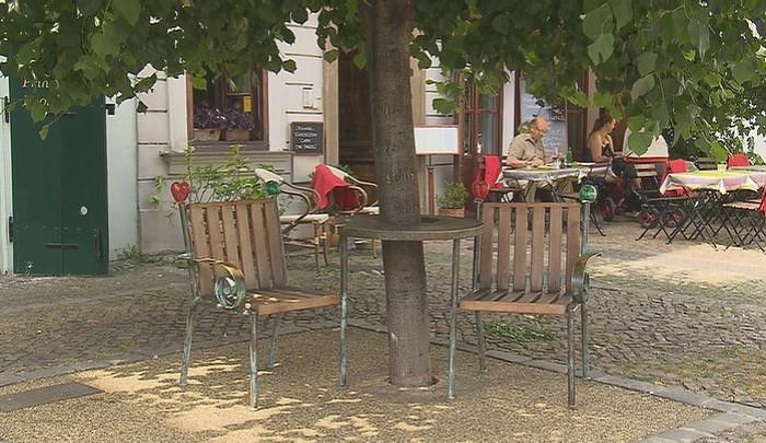 Brňané se složí na lavičku Václava Havla. Své místo najde na Kapucínských terasách
