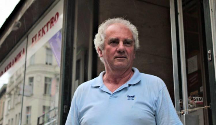 (NE)OBYČEJNÍ: Často jsme od lidí slýchávali, že jsme jejich poslední záchrana, říká majitel legendárních domácích potřeb Jaroslav Cimrman