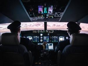 Kokpit Boeingu v Air Wine
