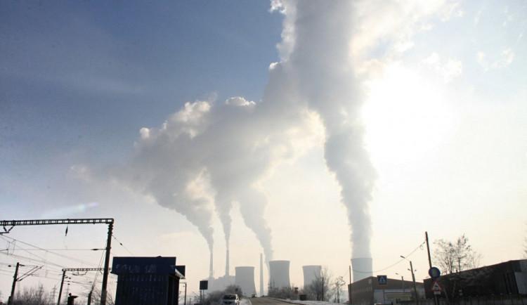 Zastupitelé včera schválili plán na snížení emisí o čtyřicet procent do roku 2030