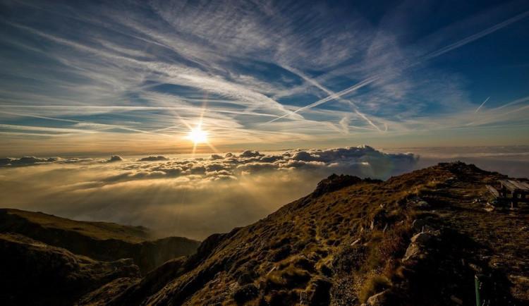 POČASÍ NA SOBOTU: Ráno bude oblačno, přes den se obloha vyjasní
