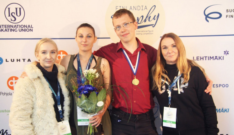 Handicapovaní krasobruslaři z Brna vybojovali pro Česko historicky první medaili