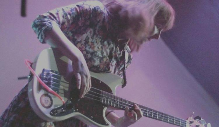 KOMENTÁŘ: Mladí neposlouchají hudbu starších, zjistili ve Vyškově
