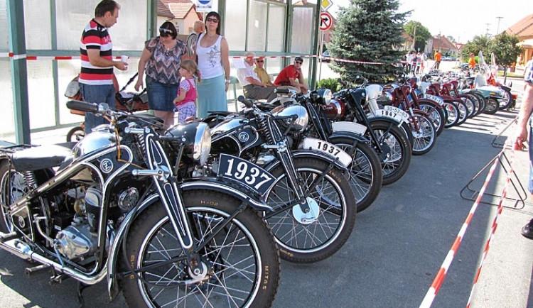 Motocykly převážně značky Jawa