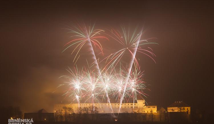 Novoroční ohňostroj v Brně, hrad Špilberk. Foto: Brněnská Drbna, Miroslav Toman