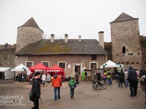 Slavnosti moravského uzeného na hradě Veveří, foto: Brněnská Drbna