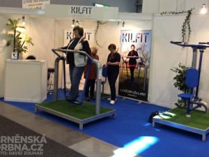 Posilovací stroje vyzkoušeli také návštěvníci, foto: Brněnská Drbna, David Zouhar