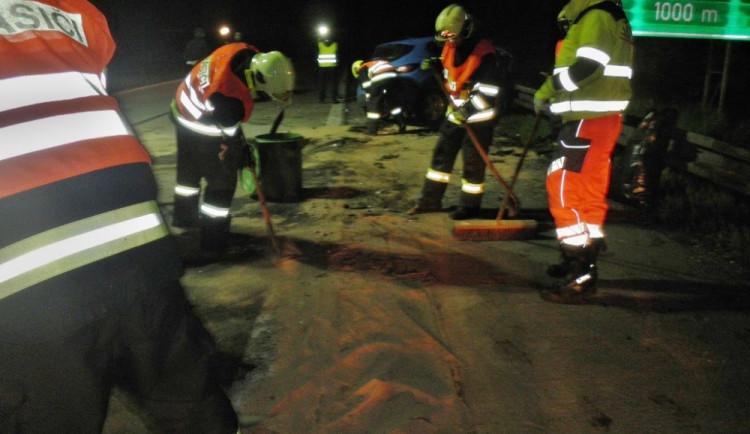 Hasiči zasahovali u dopravní nehody na dálnici D1, foto: hasiči JMK