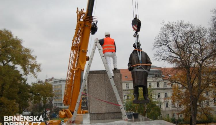 Janáček_socha2
