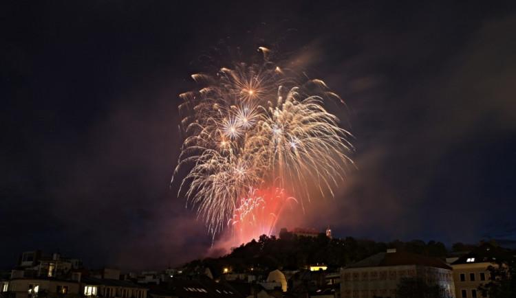 Festival ohňostrojů zakončil epilog nad hradem Špilberk