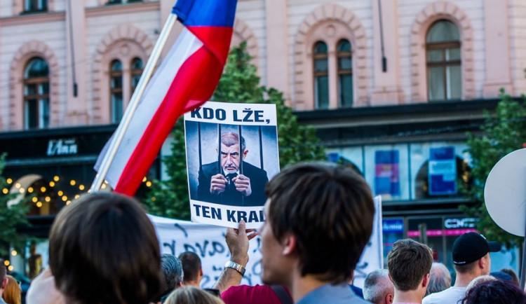 V Brně se opět po týdnu setkali lidé na protest proti Babišovi se Zemanem, autor: Tomáš Hrivňák