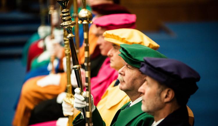 Předání velké zlaté medaile Masarykovy univerzity slovenskému prezidentovi Andreji Kiskovi, autor: Tomáš Hrivňák