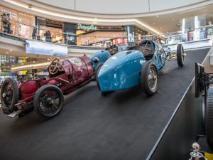 Výstava historických aut Bugatti ve Vaňkovce, autor: Jan Luxík